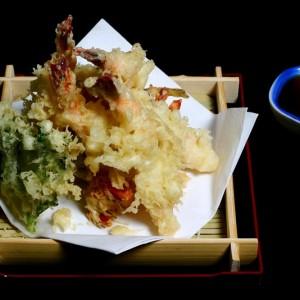 ebi tempura - 50zł krewetki black tiger w cieście tempura, 5 szt.
