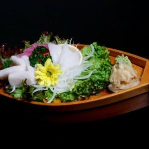 makati sashimi - 52zł / 3 x tuńczyk, 5 x łosoś, 4 x ryba maślana