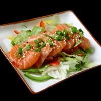 sake sarada - 25 zł sałatka z łososia i świeżych warzyw