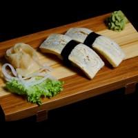 tamago - 8zł / nigiri sushi z japońskim omletem