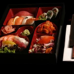 sashimi bento set - 60zł