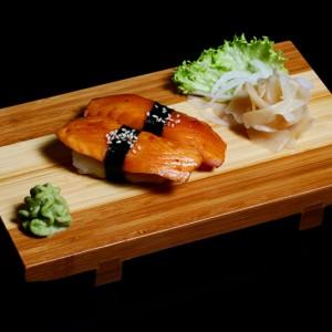 sake/ ibodai teriyaki - 16zł / nigiri z łosusiem lub rybą maślana w sosie teriyaki